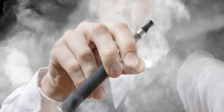 Vape Trend Rokok Elektrik Modern